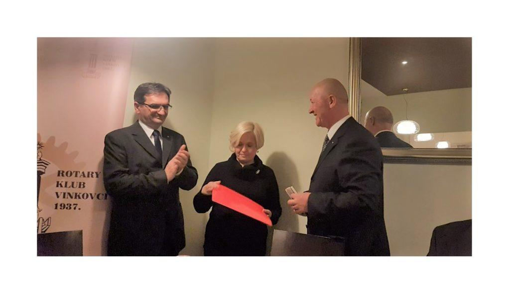 Rotarijanci za Odjel pedijatrije vinkovačke bolnice: Novi EKG uređaj
