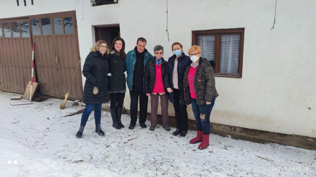 Djelatnici OŽB Vinkovci obišli potresom pogođena područja u Sisačko – moslovačkoj županiji i uručili pomoć stradalim obiteljima